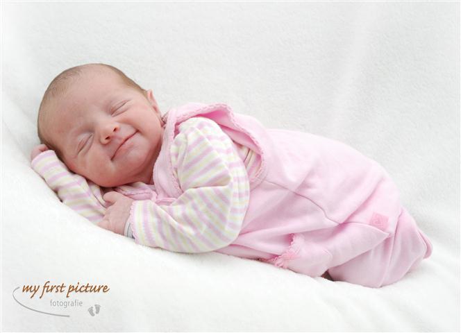 Neugeborene My First Picture Babyfotografie